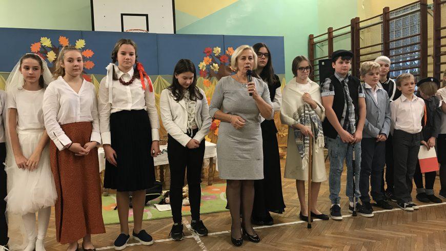 """,,Rola Józefa Piłsudskiego w odzyskaniu przez Polskę niepodległości"""" – apel szkolny"""