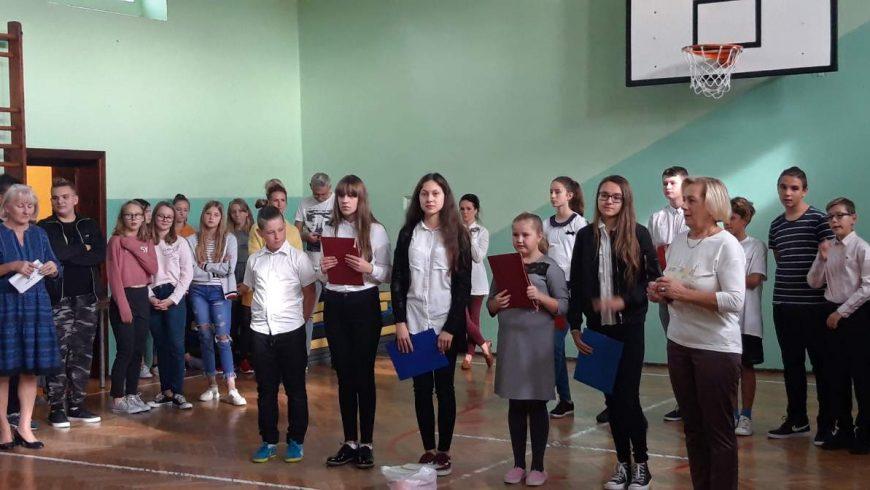 Prezentujemy nowy Samorząd Uczniowski – apel